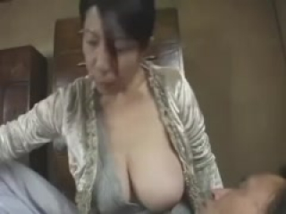 Japanese young boy like Milf's big white breast Part 1
